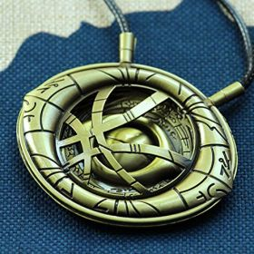 Doctor Strange Eye of Agamotto Necklace Cosplay Props